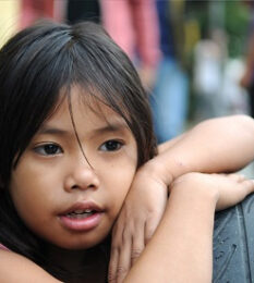 Post thumbnail VCLS sponsors children in the Philippines, Samar East Zone, which was affected by the Typhoon Haiyan